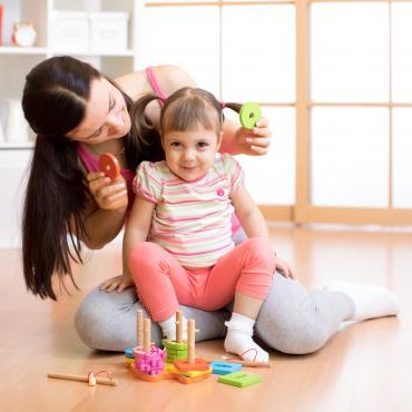 Quel rôle joue le parent dans la pédagogie Montessori ?