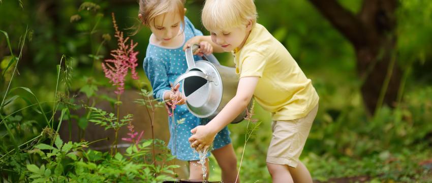 Du jardinage pour éveiller les intelligences de mon enfant