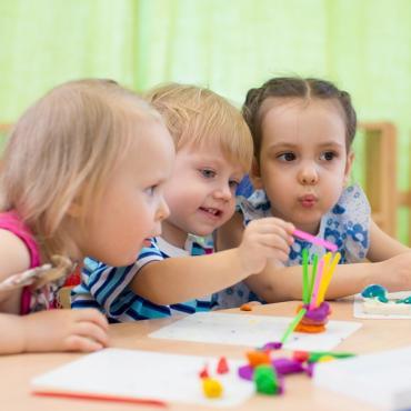 Le cycle 1 (maternelle) : que va-t-il apprendre ?
