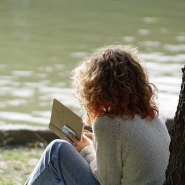 Roman Jeunesse : Comment faire lire les adolescents ?