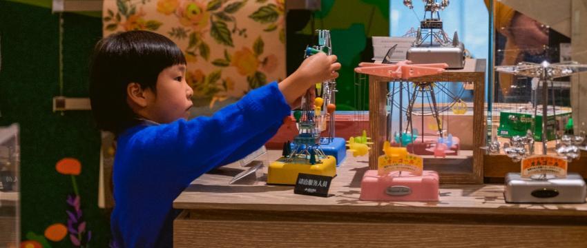 Idées de cadeaux : des coffrets pour éveiller les sens de votre enfant