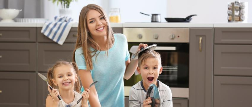Comment utiliser la musique au quotidien avec son enfant ?