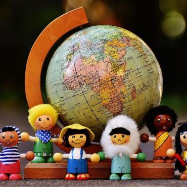 iS'ouvrir au monde et aux autres dès son plus jeune âge